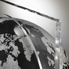"""""""Artico Black"""" Mappamondo da terra in cristallo e marmo"""